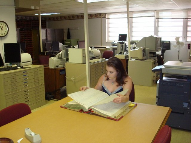 Laura researching deeds in Washington County Archives